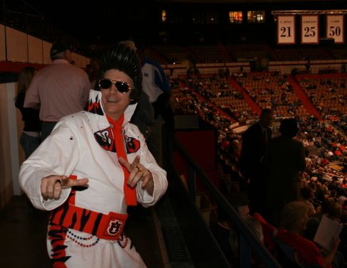 auburn-elvis-at-ky-game.jpg